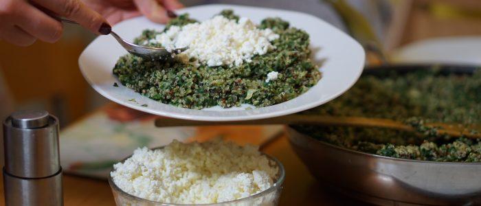 Quinoa s tvarohem a špenátem